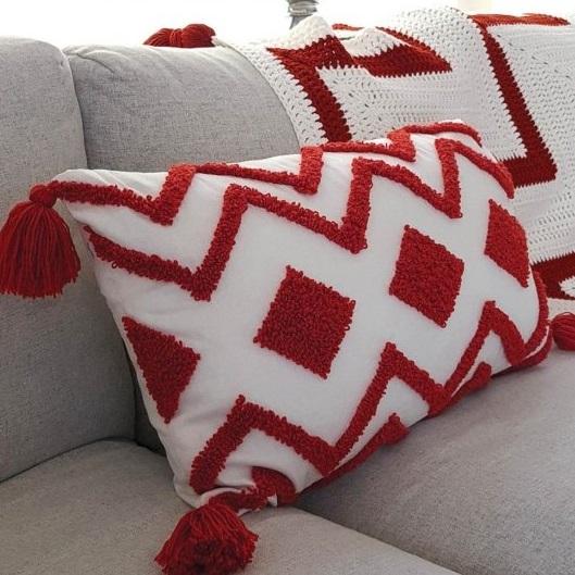 Aztec Cushion Durable Soqs